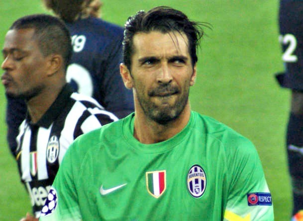 Buffon: offerta faraonica dal Paris Saint Germain, altre due annate da protagonista in Francia?